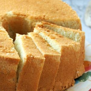 Fluffy Chiffon Cake