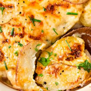Ultra Creamy Cheesy Scalloped Potatoes