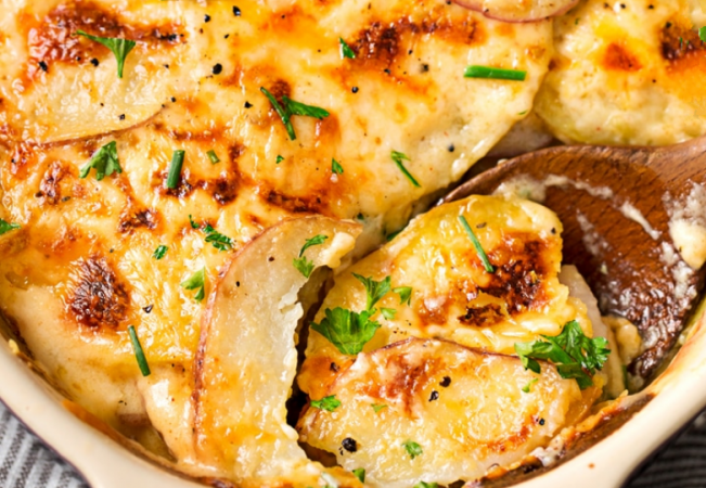 Ultra Creamy Cheesy Scalloped Potatoes