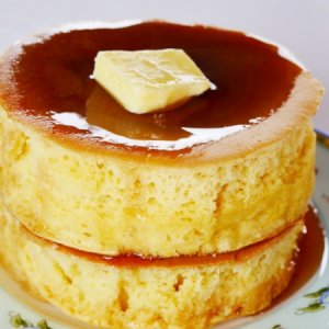 Japanese-style Souffle Pancakes are Incredibly Fluffy