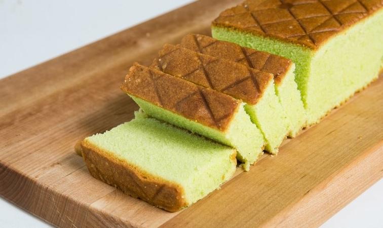 Pandan Butter Cake