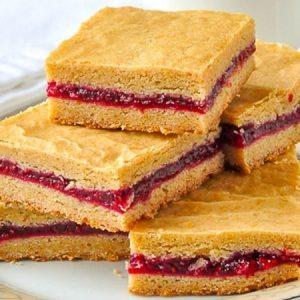 Raspberry Filled Cookies Bars