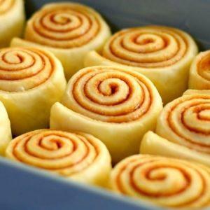 Soft and Fluffy Cinnamon Rolls
