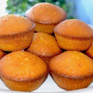 Moist Carrot Cupcakes
