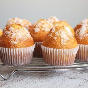 Super Easy Orange Cupcakes