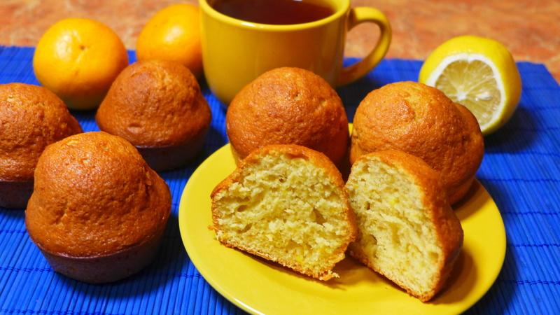 Super Moist, Tender Lemon Muffins