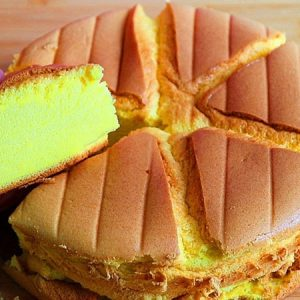 Moist and Fragrant Pandan Cake