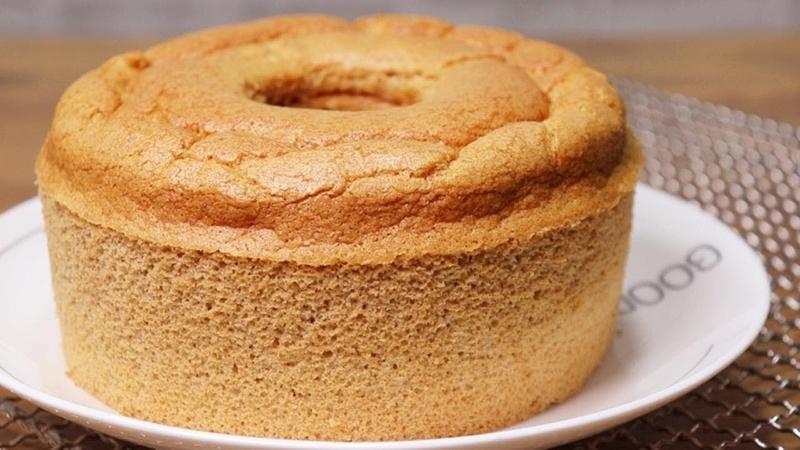 Brown Sugar Caramel Cake