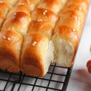 Milk Bread Honey Buns