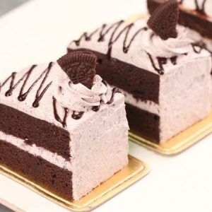 OREO Pastry Cake