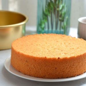 One Bowl Moist Vanilla Cake