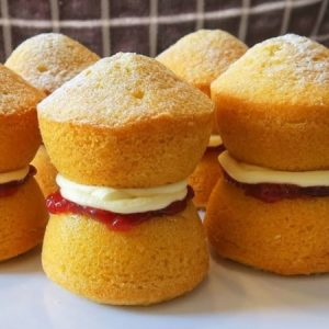 Mini Victoria Sponge Cupcakes