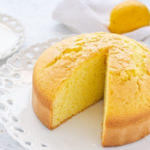 Soft and Fluffy Lemon Cake