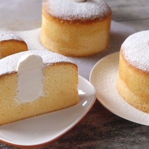 Delicious Whipped Cream Cake