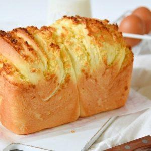 Milky Coconut Toast Bread