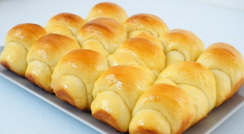 Soft And Fluffy Bread Rolls