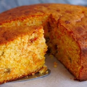 Super Moist and Flavorful Carrot Cake